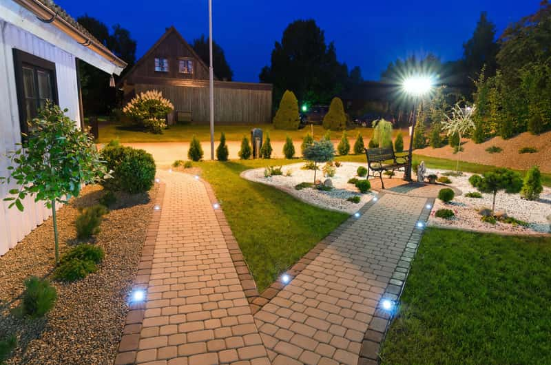 best solar garden lights 1