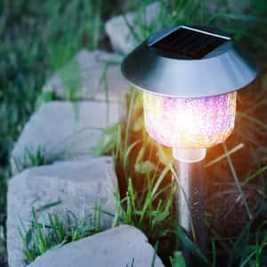 solar light decorating lawn