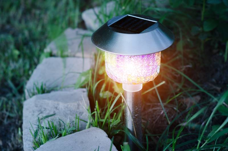 how to store solar lights