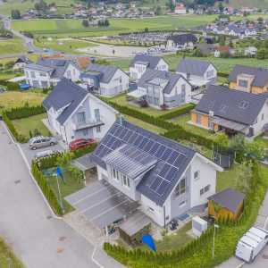 How Does Solar Power Feed Back Into The Grid