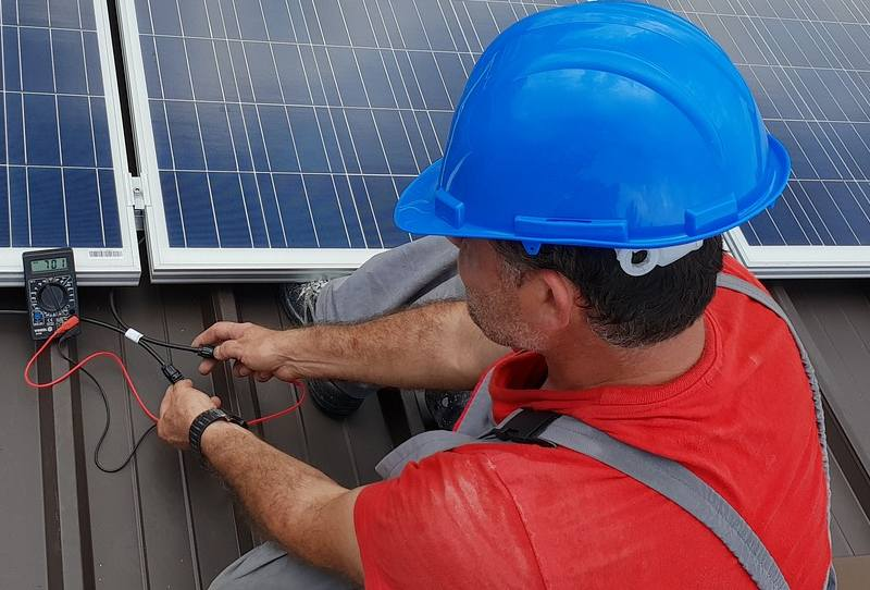 What Affects The Output Of A Solar Panel?
